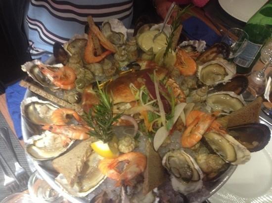 Restaurant Les Voiliers: plateau de fruits mer