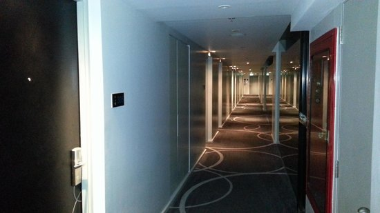 Best Western Plus At 20 Sukhumvit: Corridor