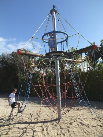 Camping Le Bois Joly : Really good play areas around the site. This is in the main area.
