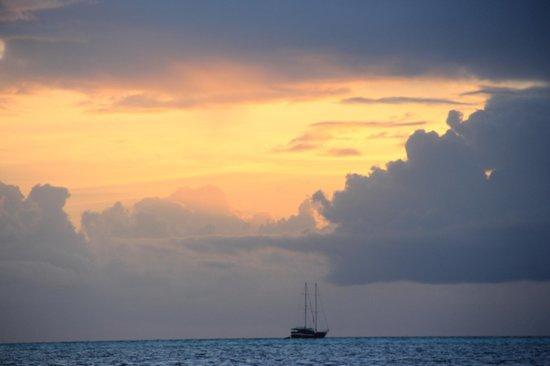 Kuramathi Island Resort : Coucher de soleil