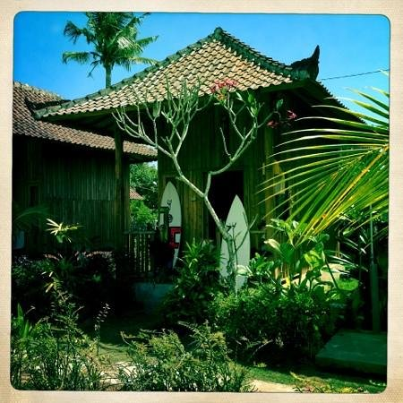 Lembongan Tropical Guest House: bungalow