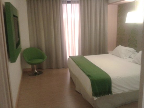 Double Tree Hilton  Hotel Girona: Dormitorio