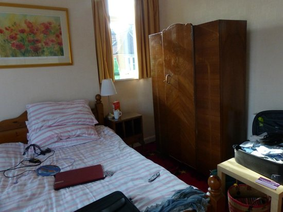 Amberley Guest House: Bedroom