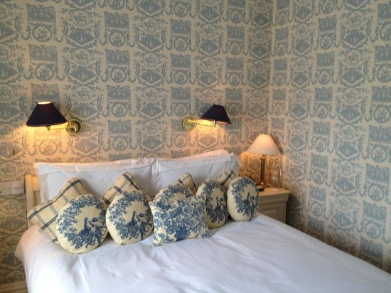 Conyngham Arms Hotel : cute room