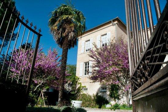 Villa Saint Patrice : Entrée du parc