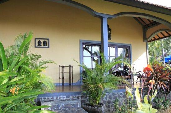 Puri Mangga Sea View Resort & Spa : villa