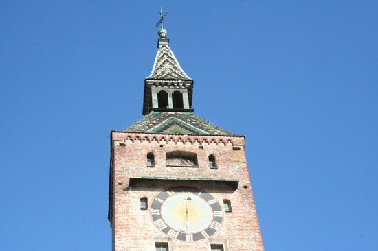 Schmalzturm: torre e orologio