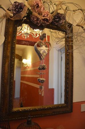 Il Nido di Anna : specchio del corridoio del Nido di Anna