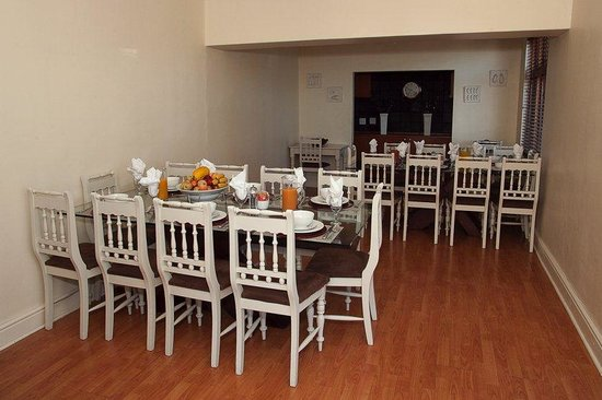 Leeuwenzee Guest House: Breakfast Area