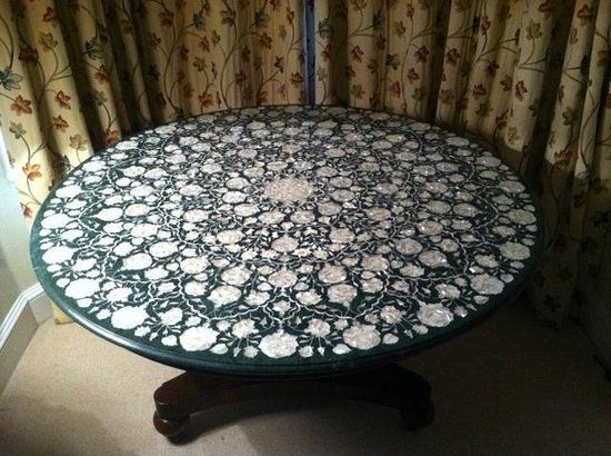 Superb Green Marble Table Top With Mother Of Pearl And Abalone Download Free Architecture Designs Scobabritishbridgeorg