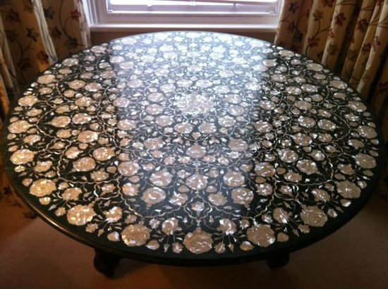 Relatively Green marble table-top with Mother-Of-Pearl and Abalone inlay  ZL36