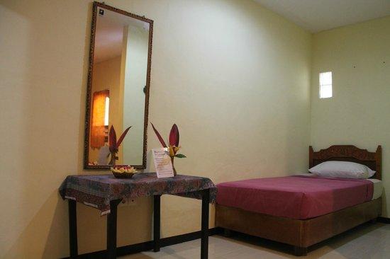 Astina Hotel: Family Room (New)