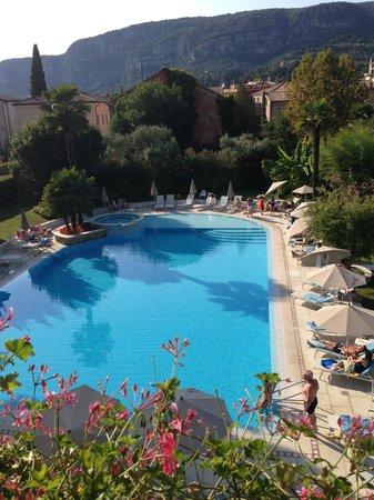 Regina Adelaide Hotel: piscina esterna
