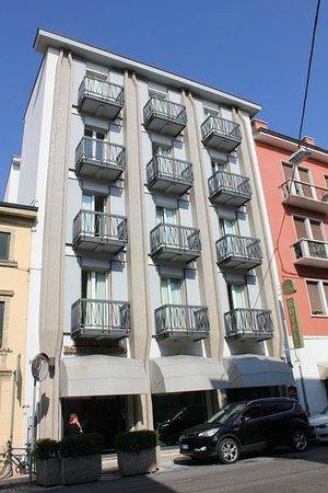 BEST WESTERN PLUS Hotel De Capuleti: external view