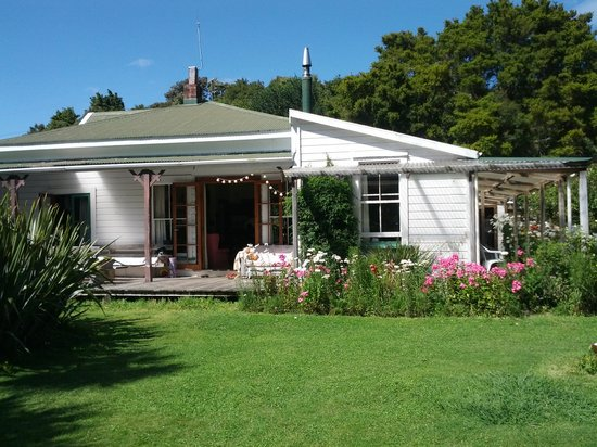 The Innlet Backpackers and Cottages: getlstd_property_photo