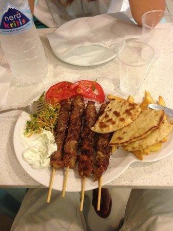 Sakis Grill House : piatto souvlaki pork