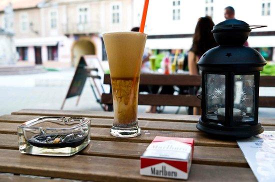 Cili Cafe: Eiscafe