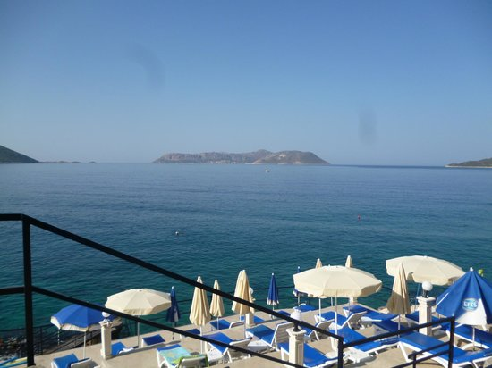 Sardunya Otel: spiaggia dell'hotel