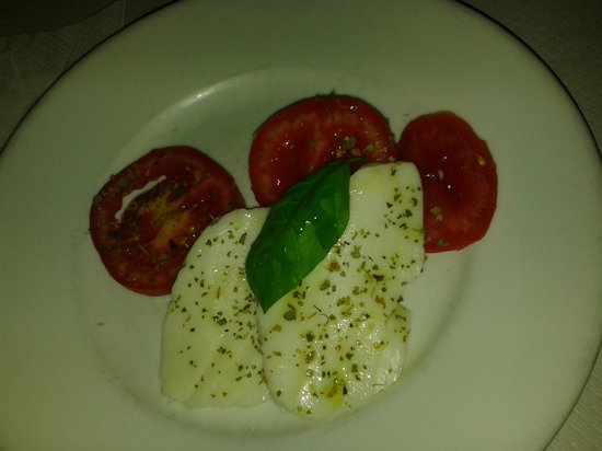 Hotel Trocadero: Caprese - the main course