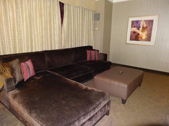 Sam's Town Hotel and Casino Shreveport: Living Sitting area