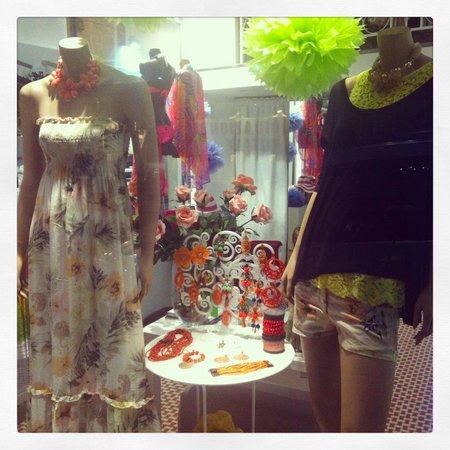 CorpoLatino Boutique: getlstd_property_photo