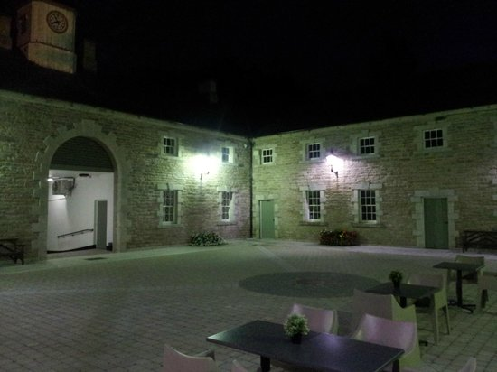 The Moody Boar Restaurant: Night time, with an irish Coffee