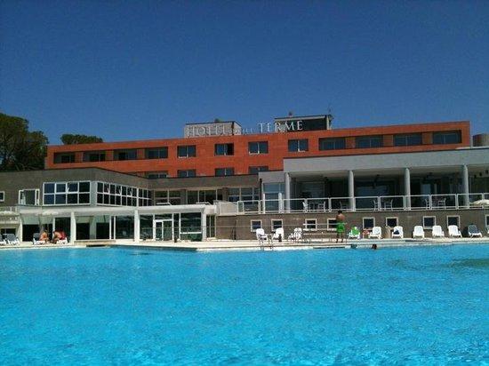 Hotel delle Terme di Venturina: vista piscina