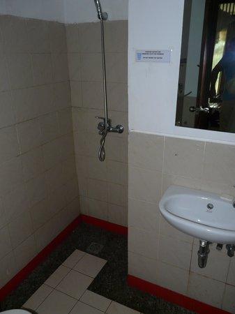 Kelimutu Crater Lakes Eco Lodge, Moni, Flores: la salle de bain