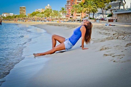 Bahia Principe Coral Playa: Пляж у отеля. утро