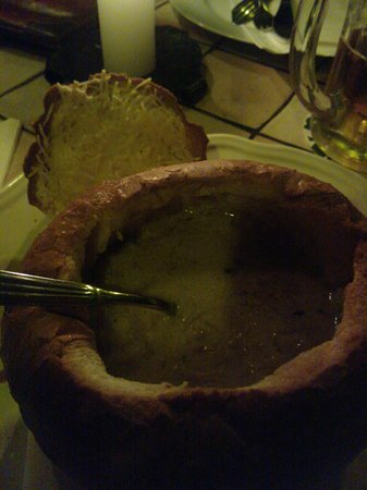 Cactus Juice: Onion soup in bread roll -lovely!