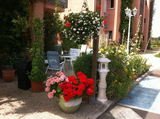 Hotel Au Sans Souci : Terrace
