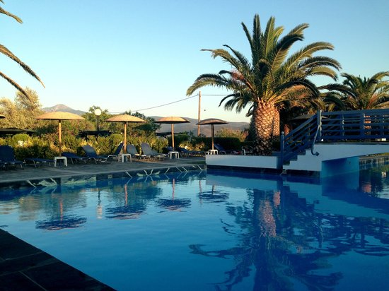 Zefiros Beach Hotel: View from the pool bar.