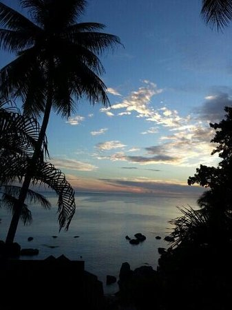 Coral Cove Chalet: Beautiful sunrise beautiful weather in very nice place