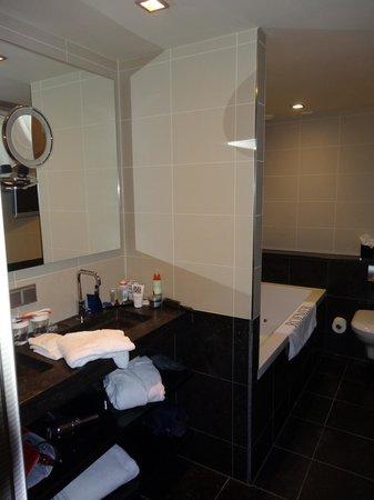 Hotel Roemer: Bathroom 3