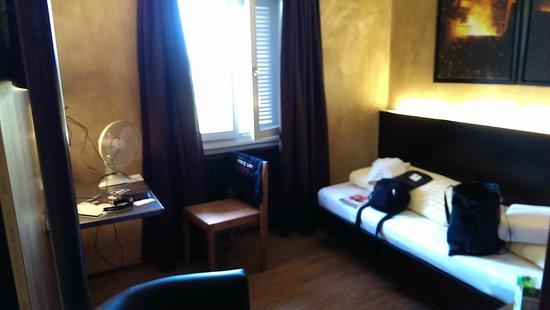 feRUS Hotel: Room 21