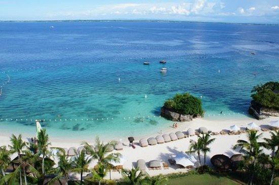 Shangri-La's Mactan Resort & Spa: ホテルの部屋から見える海