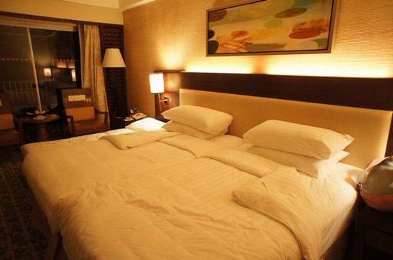 Shangri-La's Mactan Resort & Spa: オーシャンクラブの部屋