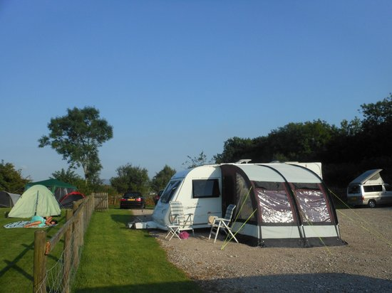 Station Inn Oxenholme: View of the campsite