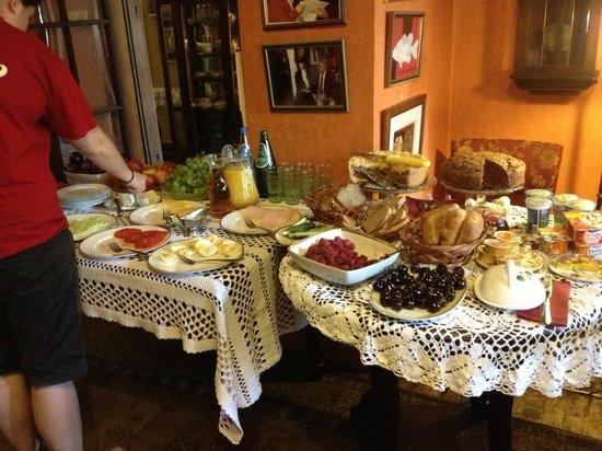 Klezmer Hois : Breakfast