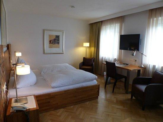 Hotel Goldener Engel: Zimmer