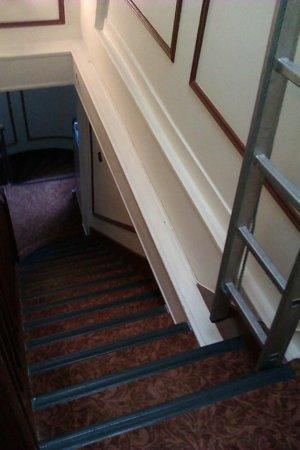 Hotel Troyon : Escalier