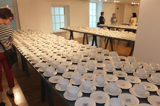The Foundling Museum: More cups