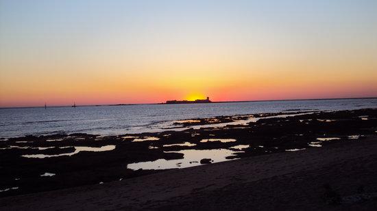 La Barrosa: Sancti Petri al tramonto