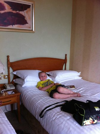 Ashbourne House Hotel : Bed room