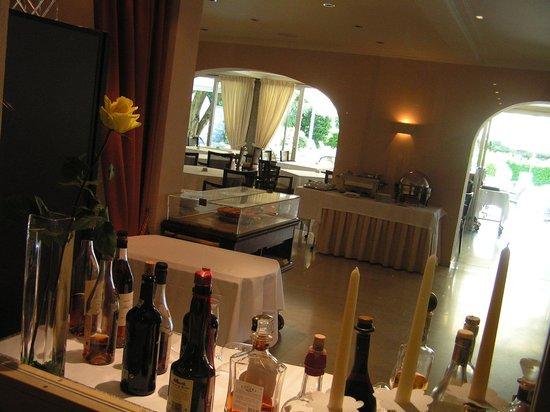 Hotel Ascovilla : Bar / Essen 3