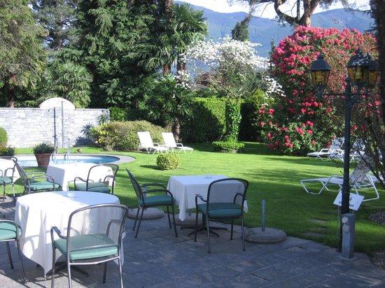 Hotel Ascovilla : Garten Essen 2