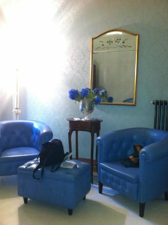 B&B Cavour 10: salottino