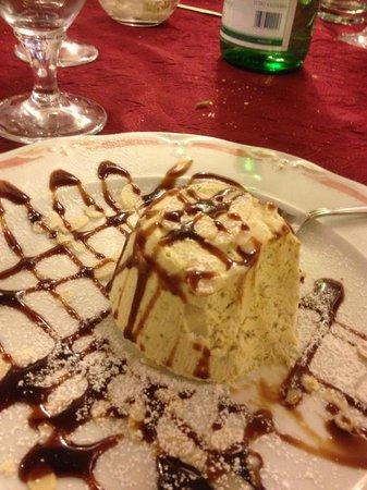 I Quattro Venti : Semifreddo al pistacchio...OTTIMO!!!