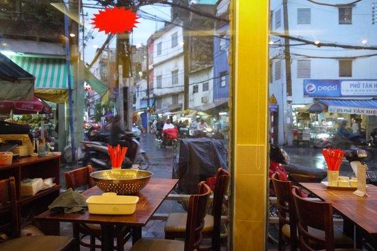 Nguyen Shack - Saigon Homestay: lekker restaurantje om de hoek