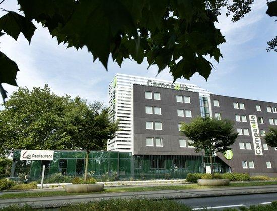 Campanile Nantes Centre - Saint Jacques : Facade